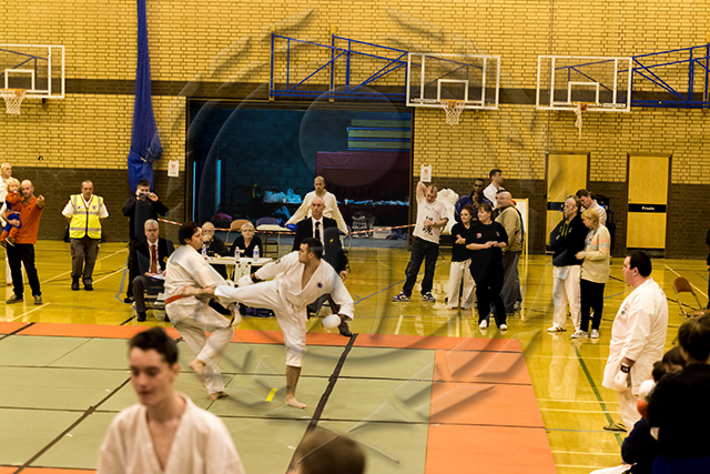 20131013-oldhamcomp-small-370