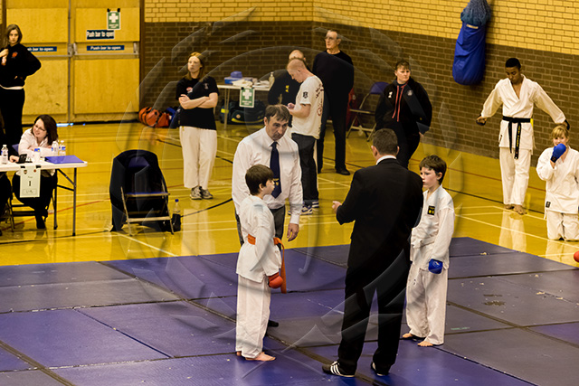 20131013-oldhamcomp-small-454